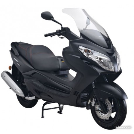 Superbe scooter 125cc3 style Burgman neuf garanti
